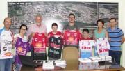 DME e Colégio Cocal Futsal apresentam novos uniformes