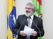 Pedro destaca avanços em debates de Jornada de Plantas Medicinais