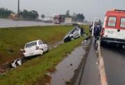 Acidente na BR-101 deixa 2 feridos