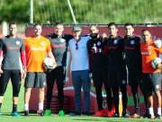 Internacional enfrenta Fluminense pela Primeira Liga