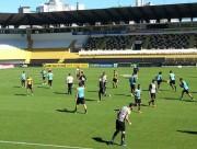 Campos realizou treino tático com os jogadores no Majestoso