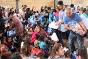 Família Feliz busca doações na comunidade