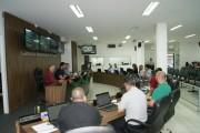 Vereadores de Içara participam da primeira sessão de 2018