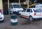 Ambulância do Samu de Içara está quebrada no pátio