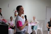 Prevenção ao câncer de mama é abordada com colaboradoras da Unimed
