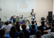 Tocha ministra palestra para estudantes de Içara
