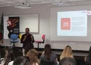 Palestra com Ivan Jasper dá início às aulas de moda do SENAI/ Unesc