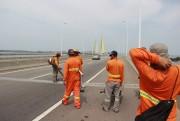 Ponte Anita Garibaldi tem trabalhos sobre pistas