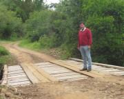 Secretaria de Obras de JM faz ponte e melhorias em estradas do interior