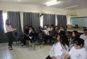 Procon Içara realiza palestra sobre educação financeira para estudantes