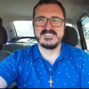 Radialista Tony Marcos morre aos 45 anos vítima de covid-19