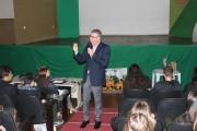 Promotor Alex Cruz faz palestra na Satc sobre ética