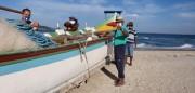 Com medidas de proteção pescadores aguardam a chegada dos cardumes da tainha