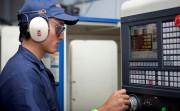 SENAI oferece curso de operação e programação de torno CNC