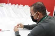 SENAI irá distribuir 8 mil máscaras 'face shield' em parceria com sindicato dos plásticos