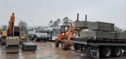 Defesa Civil de Siderópolis recebe telhas para doar a atingidos por Ciclone Extratropical