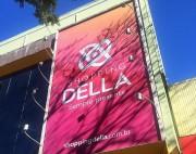 Shopping Della com horário diferenciado nessa sexta-feira