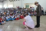 Peça teatral alerta crianças para o combate ao abuso infantil