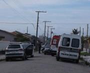 Troca de tiros entre ladrões e PM deixa um morto e dois feridos