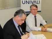 TRE-SC e Univali assinam convênio para promoção de pós-graduação
