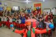 Quatro mil alunos da rede pública municipal assistem a teatro sobre reciclagem