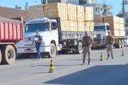Blitz notifica 13 veículos sem Nota Fiscal em Orleans