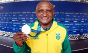 Após 20 anos de espera Cláudio Roberto Sousa recebe medalha olímpica