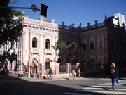 Palácio Cruz e Sousa recebe exposição de ilustrações científicas