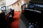 Alesc terá CPI sobre respiradores e plenário pede afastamento de secretário