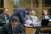 Deputados cobram demissão do secretário da Casa Civil do Governo Moisés
