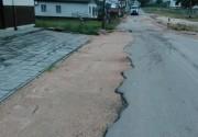 Moradores de Barracão reclamam providências para ruas e esgoto