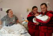 Menino nasce em meio à enchente em Rio do Sul