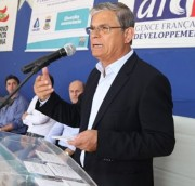Vice-governador inaugura sistema de tratamento de esgoto de BN