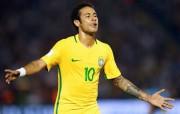 Neymar já se aproxima de Romário na artilharia geral