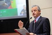 """Governo Colombo dá """"um chapéu"""" nos municípios ao desviar tributos da Celesc"""