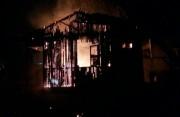 Casa de homem preso por estuprar criança é incendiada