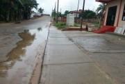 Água acumulada em via pública irrita comerciante do Tereza Cristina