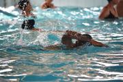 Parceria entre Afasc e Unesc permite aulas gratuitas de natação para idosos