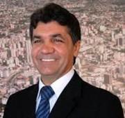 Vereadores derrubam veto do prefeito que determina vacinação domiciliar