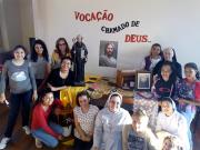 Meninas são convidadas a conhecer a vida religiosa com as Irmãs Beneditinas