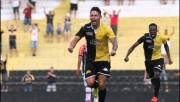 Criciúma confirma a contratação do meia Élvis