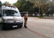 PM de Araranguá reforça presença na Praça Hercílio Luz