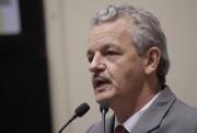 """Dresch diz que Temer mostra """"sua cara"""" ao financiar habitação de R$ 3 milhões"""