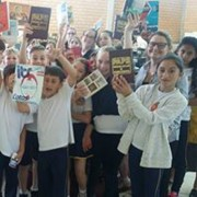 Doação de livros para biblioteca pública de Içara