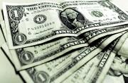Dólar abre praticamente estável nesta terça