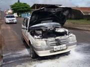 Falha elétrica provoca incêndio em veículo da Prefeitura de Içara