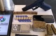 PPT encontra armamento e drogas com dupla investigada