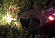 Veículo de Içara colide em moto e tomba em Nova Veneza