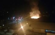 Residência vazia fica destruída por incêndio em Içara