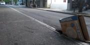 Asfalto volta a ceder na Rua Marcos Rovaris